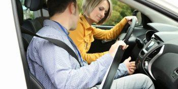 Hướng dẫn các bước tập lái xe B2 cơ bản cho người mới Bắt Đầu